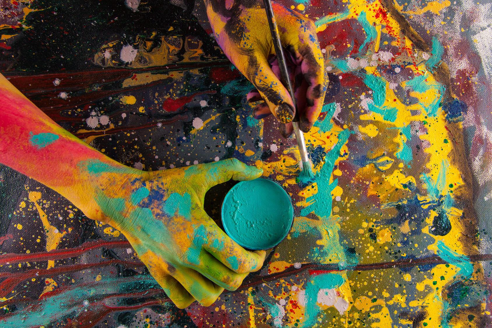VIVA! Abstracta vitae – mostra nelle sale affrescate del Comune